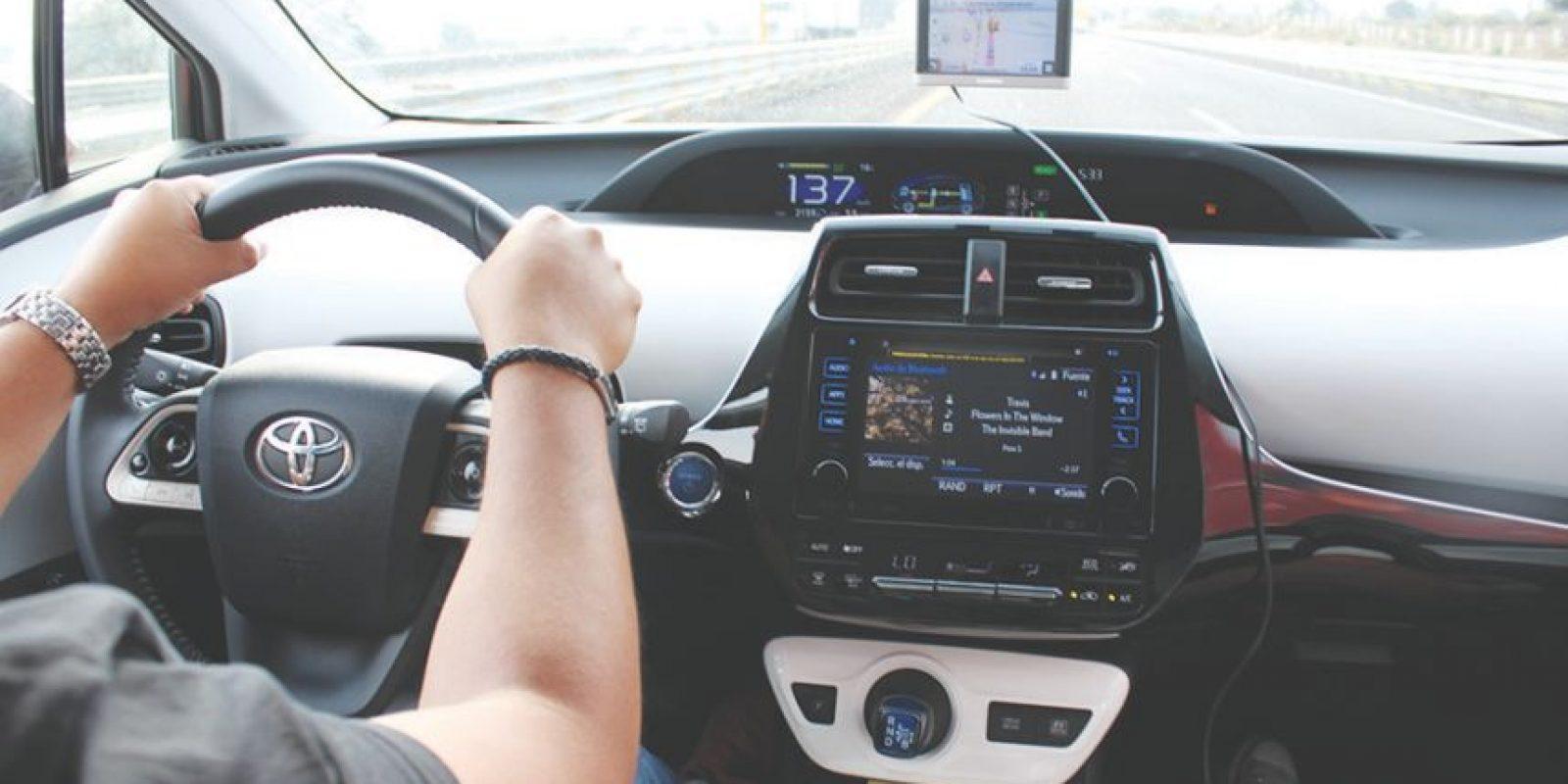 Fácil de entender, mejor para manejar, así es la cabina del Toyota Prius.