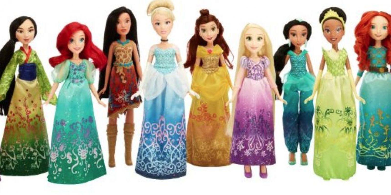 La colección de Princesas incluye vestidos mágicos. Foto:Especial