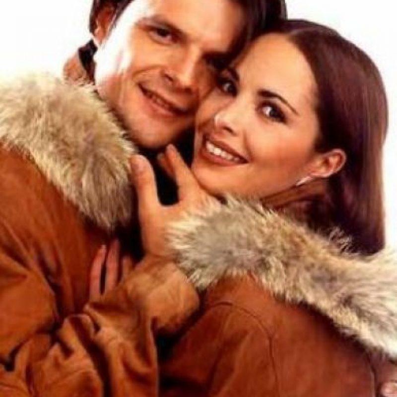 Mariana Levy y Ariel López Padilla se casaron por el civil Foto:Televisa
