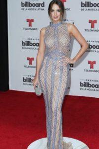 Shannon de Lima, en un vestido transparente con un color opaco y peor entramado. Foto:vía Getty Images