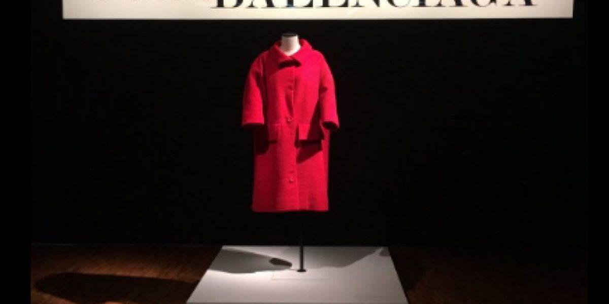 El arte de la alta costura de Balenciaga llega a la Ciudad de México