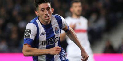 Hécto Herrera anotó, pero de poco le sirvió al Porto Foto:Getty Images