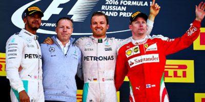 El podio en Sochi: Rosberg, Hamilton y Raikkonen. Foto:Getty Images