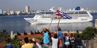 El crucero Adonia era ya esperado por varias personas Foto:EFE