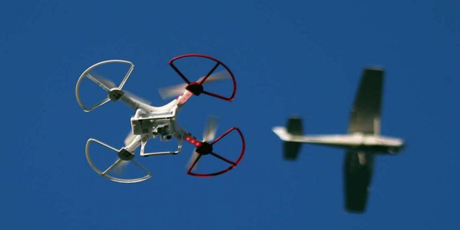 La tecnología ha comenzado a surcar los cielos ya no sólo en forma de aviones o helicópteros. Foto:Getty Images