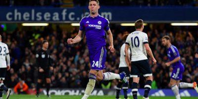 Gary Cahill convirtió el 1-2 en Stamford Bridge. Foto:Getty Images