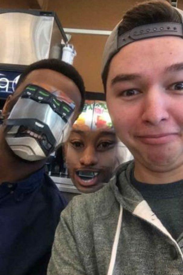 """La aplicación detecta """"rostros""""… o lo que se les parezca. Foto:Reddit"""