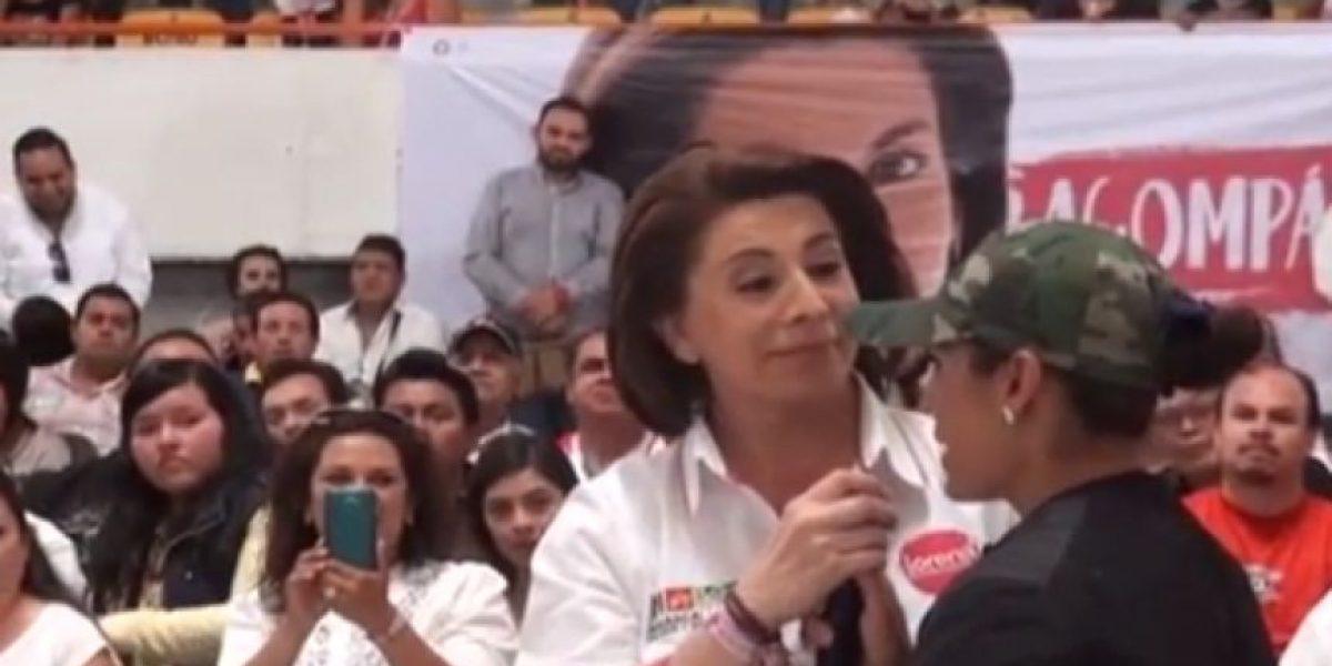 VIDEO: Candidata del PRI en Aguascalientes regaña a militante en pleno mitin