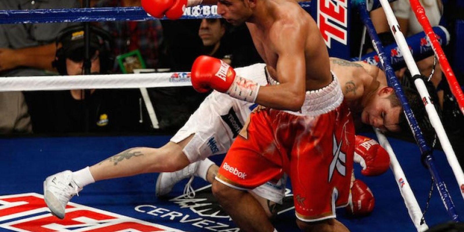Luego enfrentó en una gran pelea al duro argentino Marcos Maidana. Foto:Getty Images