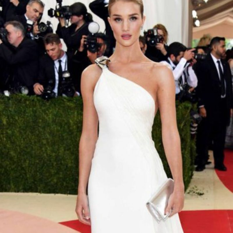 Rosie Hungtinton – Whiteley: bella, pero ¿y el tema? Foto: vía Getty Images