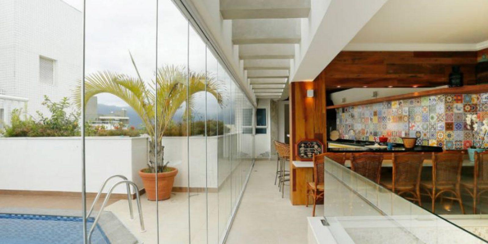 Diseño por MAYRA LOPES ARQUITETURA | INTERIORES Foto: https://www.homify.com.mx/fotografia/623602/penthouse-riviera-de-sao-lourenco