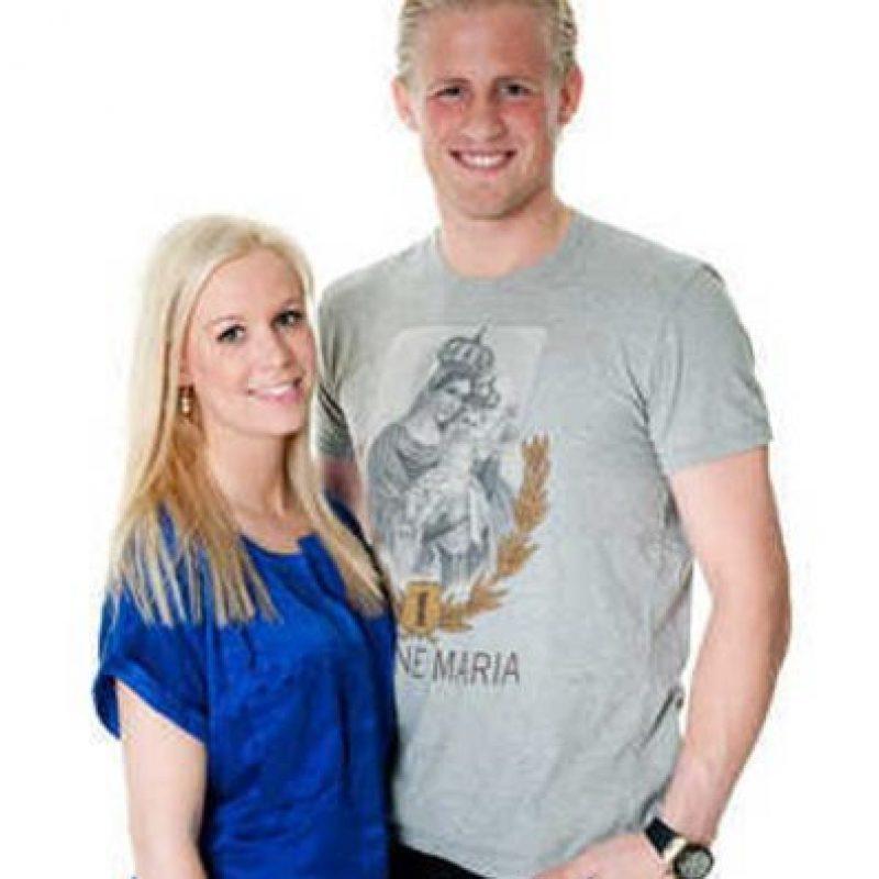 Es la esposa del arquero Kasper Schmeichel. Foto:Vía twitter.com/kasperAndStine