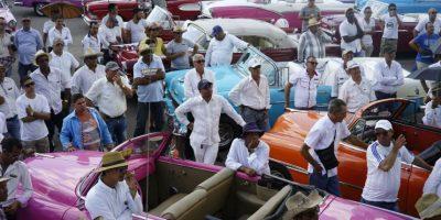 Sus desfiles los ha llevado a lugares como como Miami, Venecia, Singapur, Dubái y Seúl. Foto:EFE