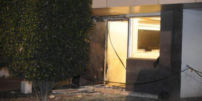 El artefacto estalló en la puerta de la empresa Foto:cuartoscuro