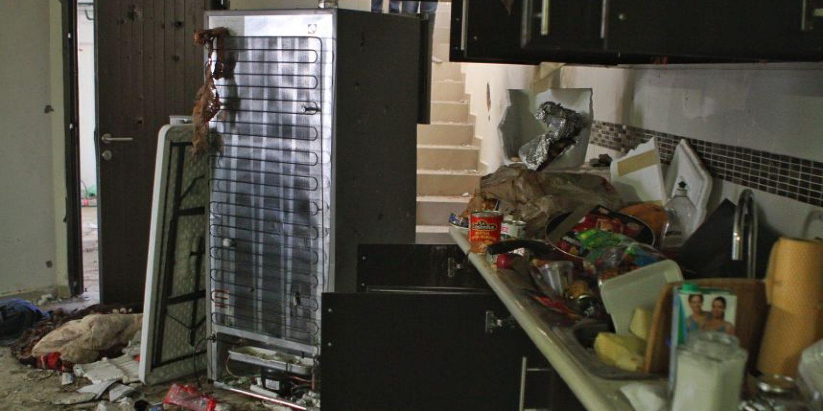 En el interior de la casa se apreciaban múltiples impactos de bala Foto:cuartoscuro