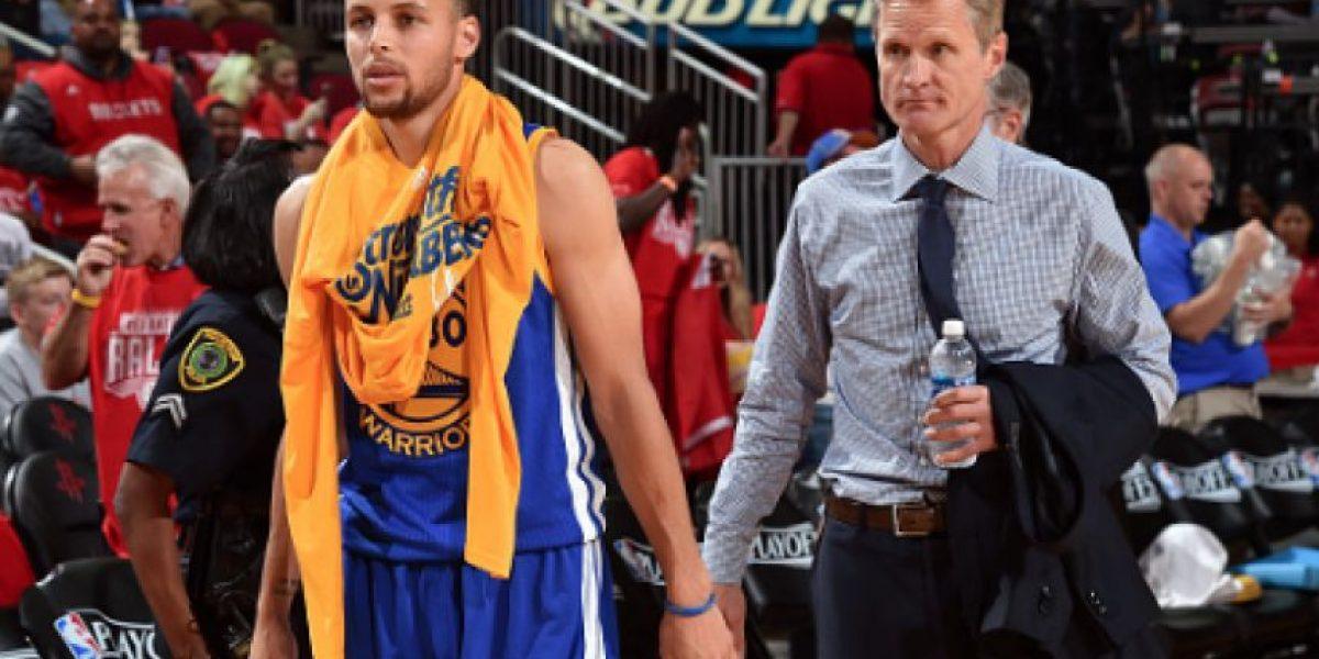 ¡Terribles noticias! Stephen Curry está prácticamente descartado para el sábado