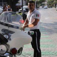 Sergio Ramírez es un policía de tránsito en Guadalajara, México. Foto:Vía Facebook/SergioRamírezTránsitoDeMiCorazón