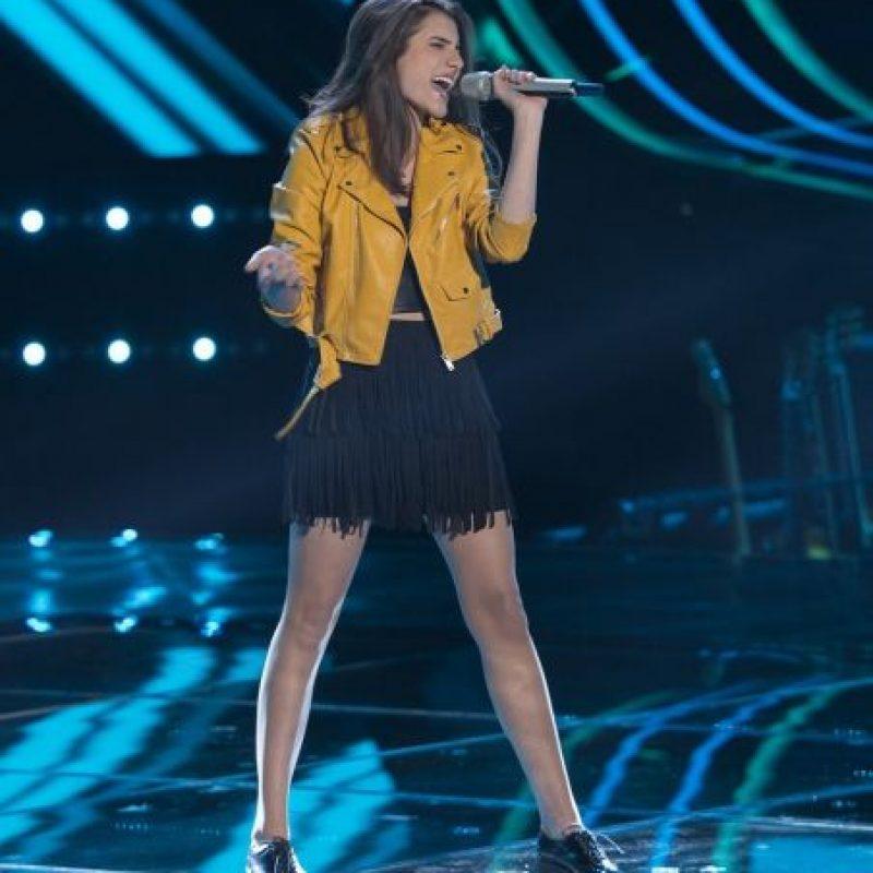 Valentina Batta encendió el escenario de La Voz… México con la canción Highway to hell y se quedó con J Balvin. Foto:Televisa