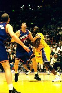 Llamas jugó para los Suns durante dos temporadas; Phoenix lo dio de baja argumentando baja de juego. Los números del sinaloense en esos dos años fueron de 2.1 puntos por partido y 1.30 rebotes. Foto:Getty Images