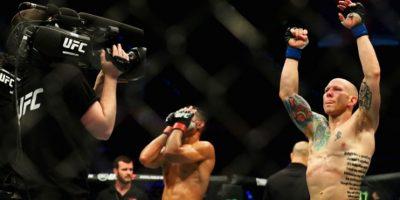 Pero su fractura no le impidió ganar en su debut en la UFC Foto:Getty Images