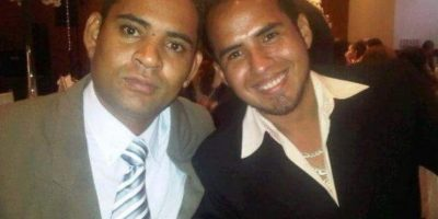 En la foto de izquierda a derecha los artistas ecuatorianos: Carlos Andrade y Luis Chávez Foto:Vía Facebook/UnapiedraparaunhermanoOficial/