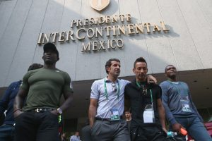 Dwight Yorke , Luis Figo, Hidetoshi Nakata y Marcel Desailly Foto:Getty Images