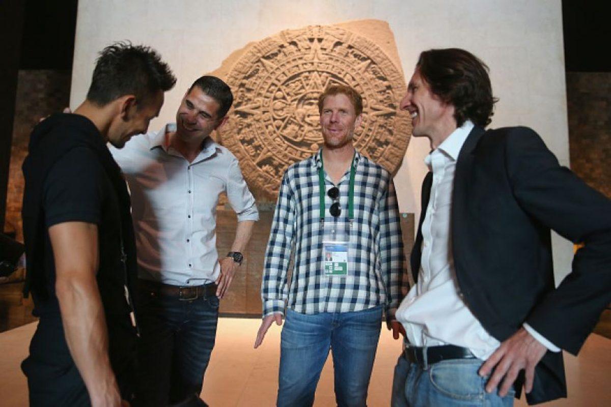 Nakata, Fernanado Hierro, Aleixs Lalas y Alexei Smertin Foto:Getty Images