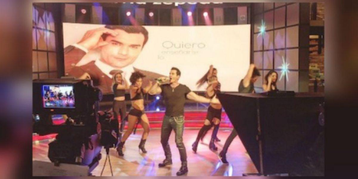 David Zepeda presenta canción y se convierte en trending topic