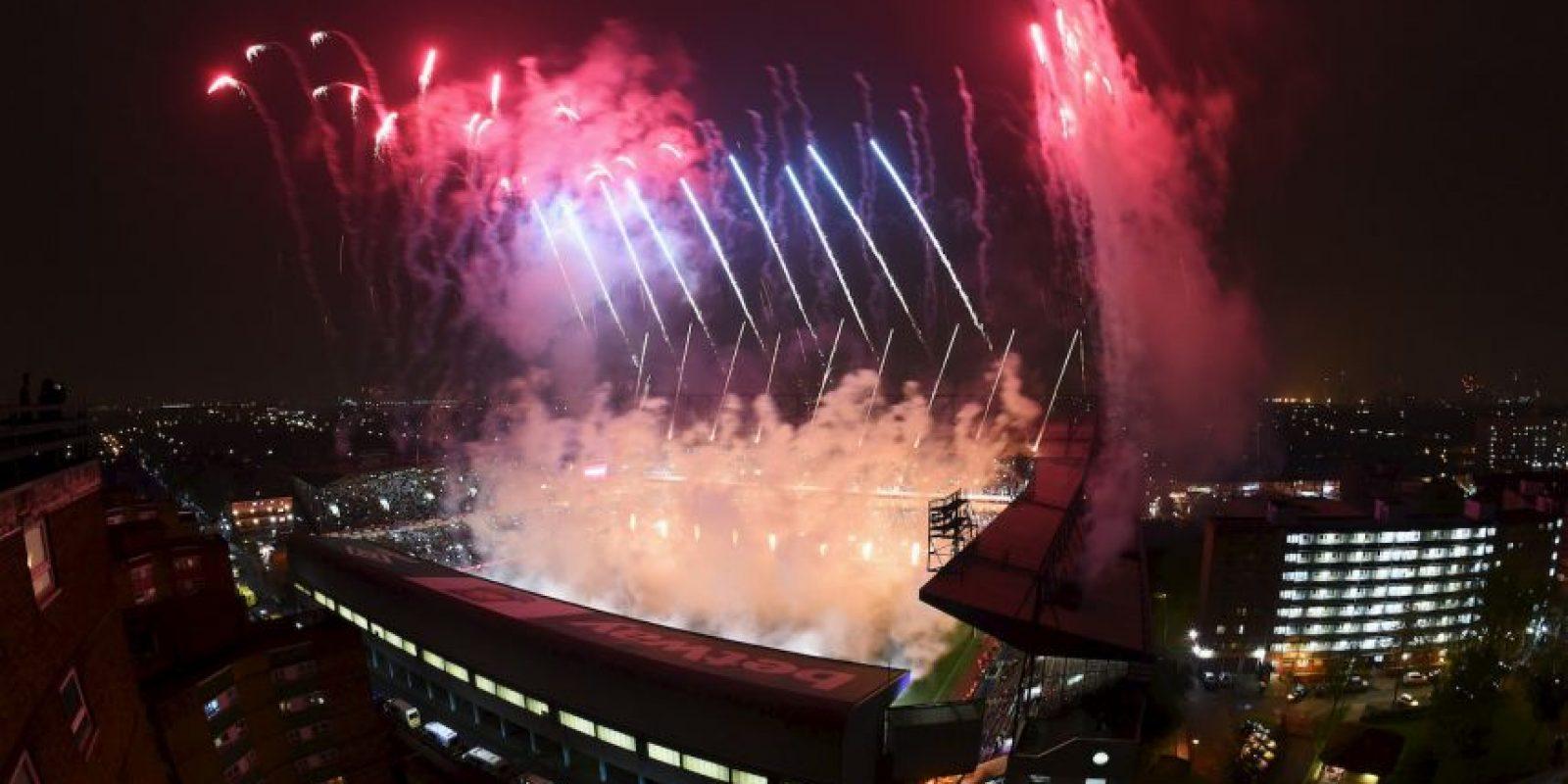 Futbolistas y fanáticos del West Ham despidieron su estadio Foto:Getty Images