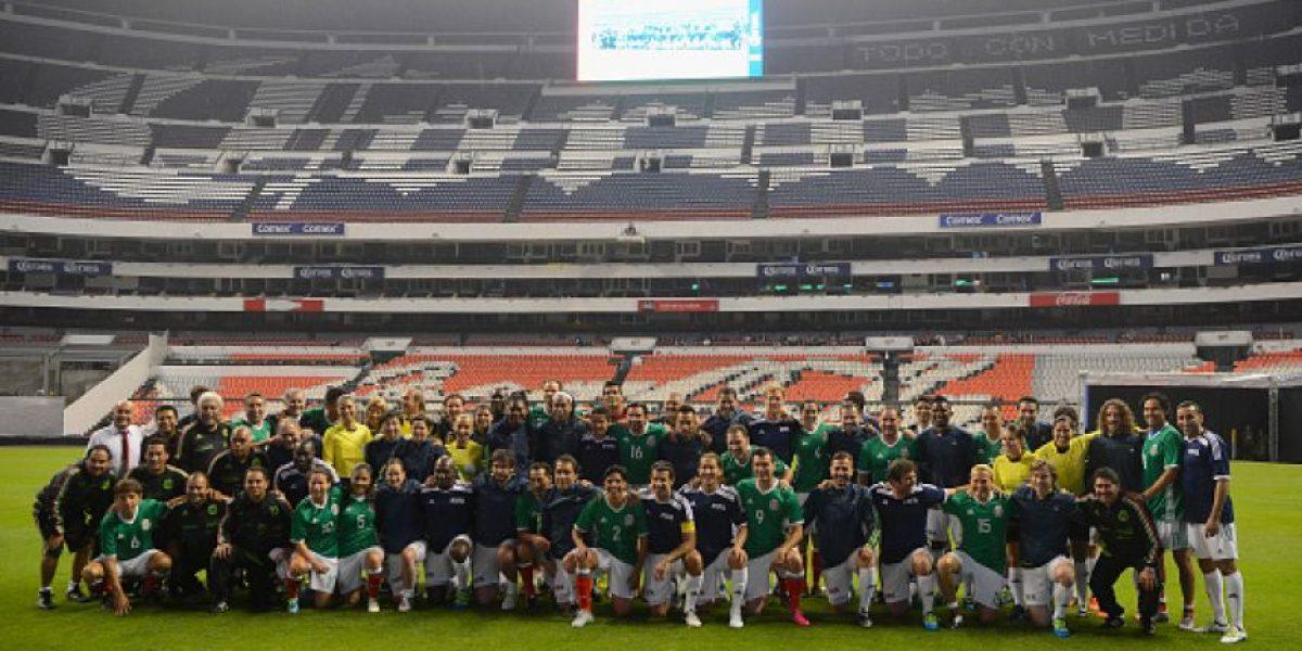 Leyendas de México vencen a estrellas de la FIFA