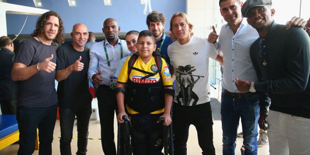 Mourinho, Figo, Puyol y compañía visitan Centro Teletón