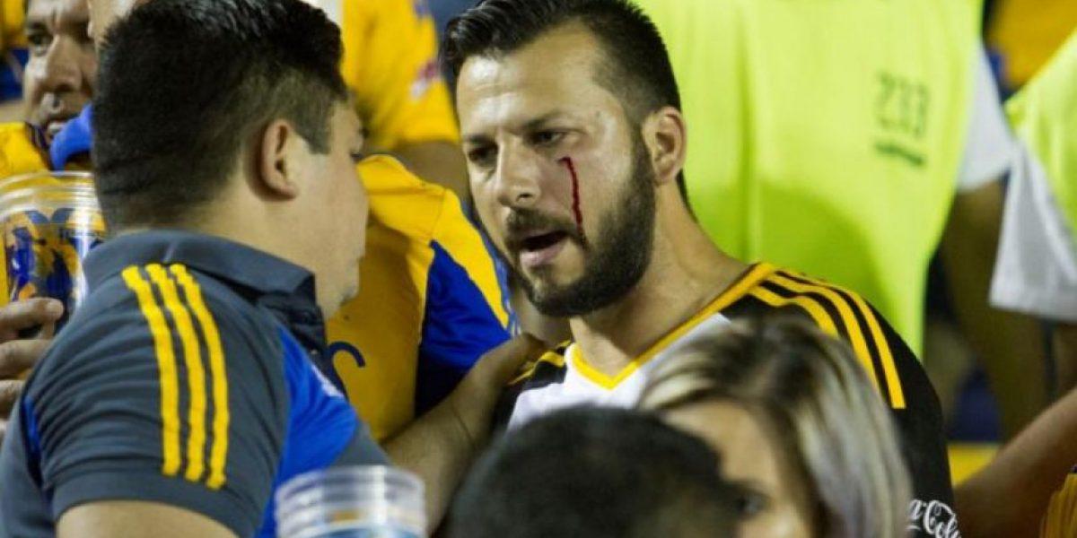 FOTOS: Reportan altercado entre aficionados de Tigres