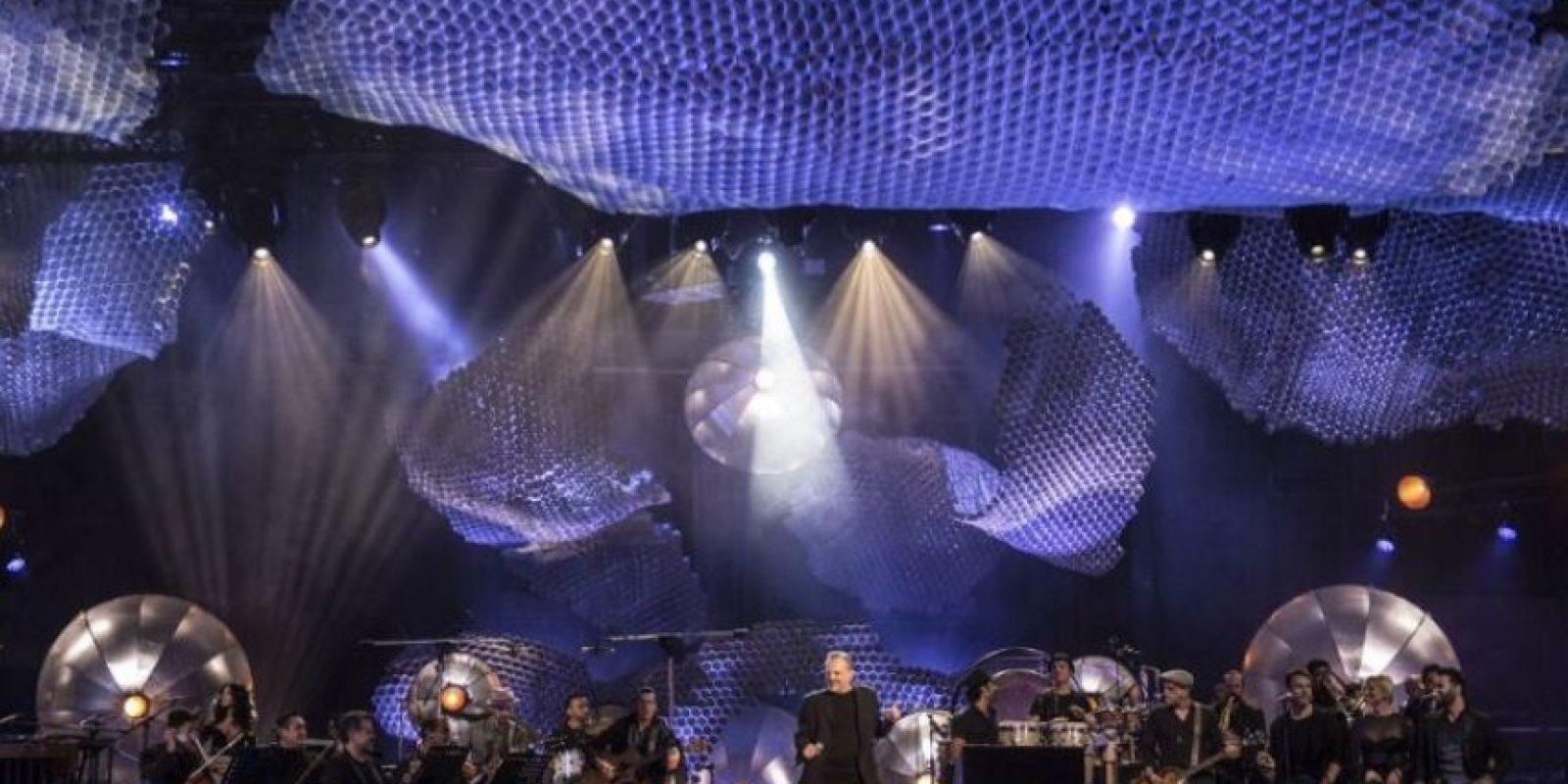 Miguel Bosé durante el ensayo de su MTV Unplugged Foto:Chino Lemus