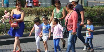 De las madres que trabajan: 70.9% son madres solteras Foto:Notimex