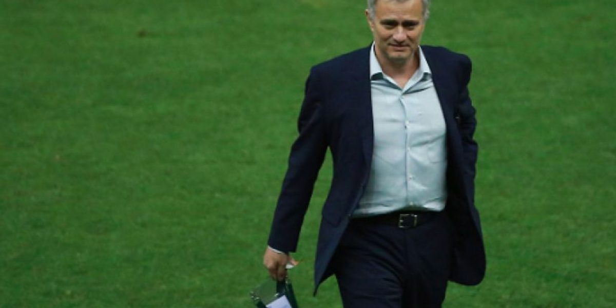 José Mourinho no se cansó de elogiar a Raúl Jiménez