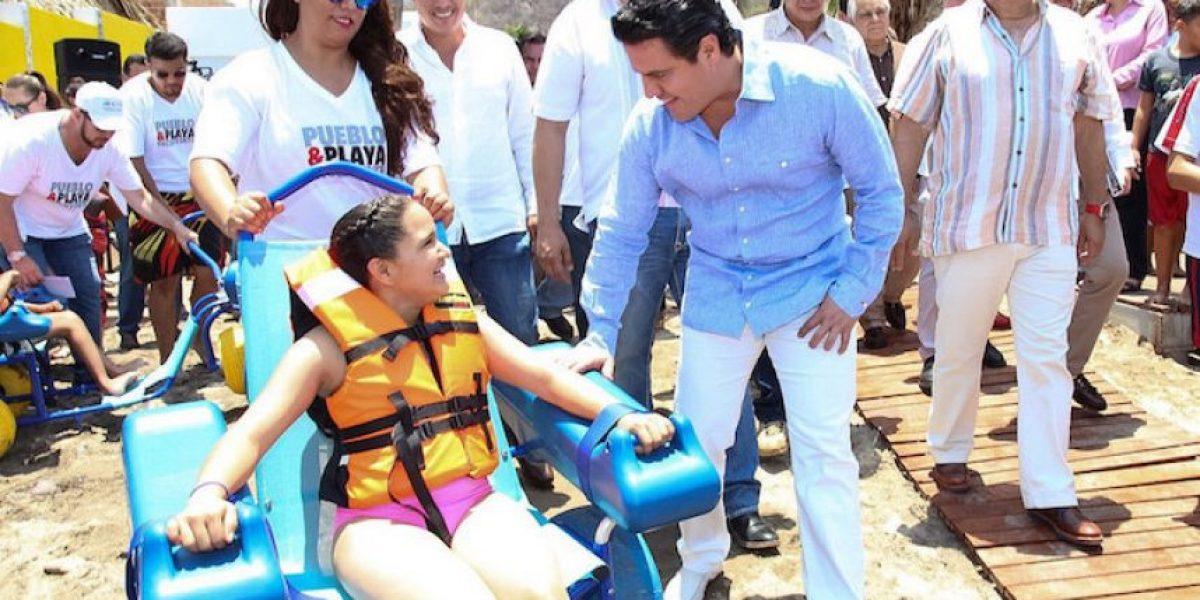 Jalisco tiene primera playa para personas con discapacidad