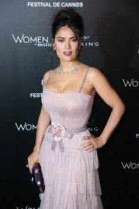 Salma Hayek conquista nuevamente Cannes Foto:Notimex