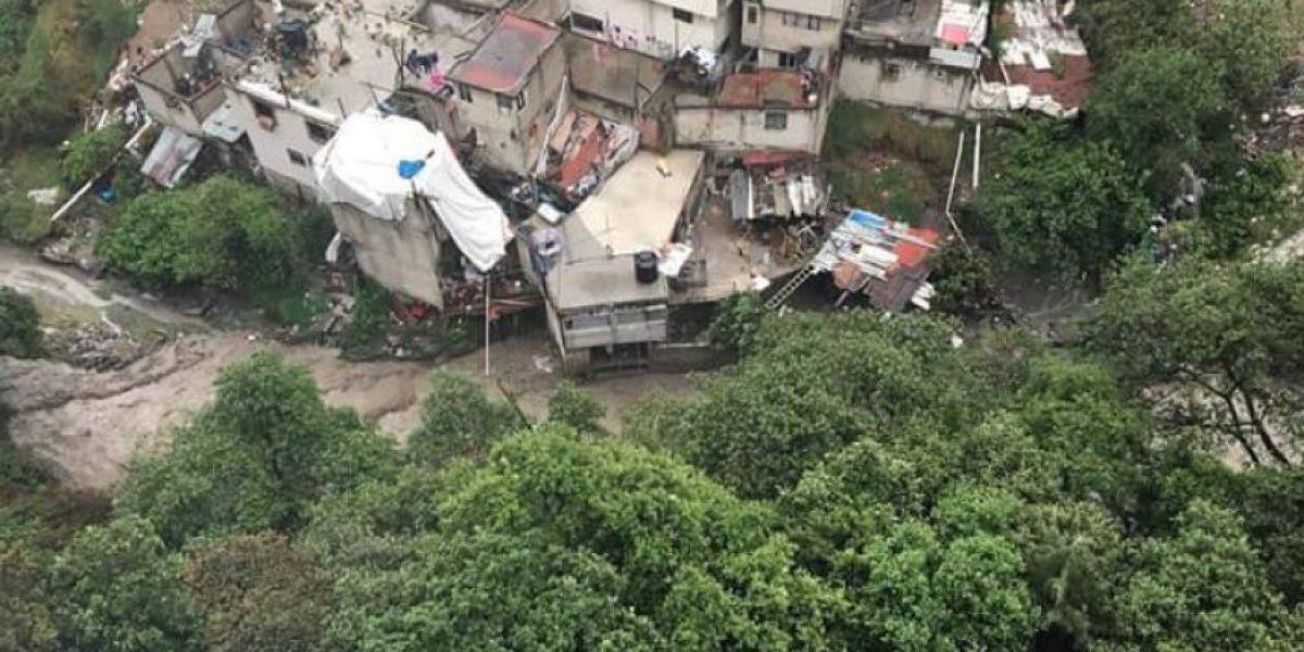 Reportan deslave en Huixquilucan; habría personas atrapadas