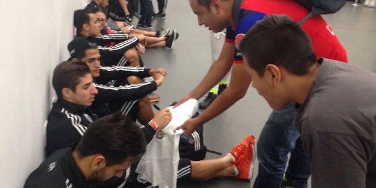 Con caras largas Chivas regresa a Guadalajara