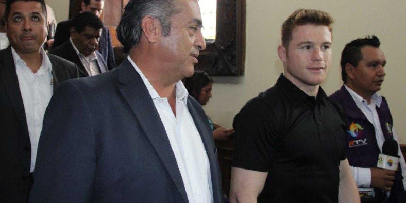 El gobernador de Nuevo León recibió a Saúl Álvarez. Foto:Israel Salazar
