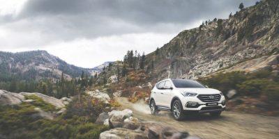 La nueva Hyundai Santa Fe permite una conducción rápida y muy dinámica, además de que el diseño exterior luce actual conforme a la tendencia de diseño de la marca. A partir de este mes está disponible en los concesionarios Hyundai. Foto:Hyundai