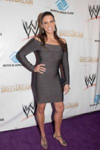 Stephanie McMahon posee 2.47% de las acciones Foto:WWE