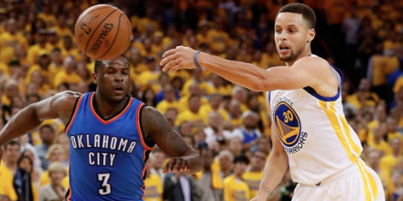 Stephen Curry y Golden State empatan la serie 1-1 con Oklahoma Foto:Getty Images