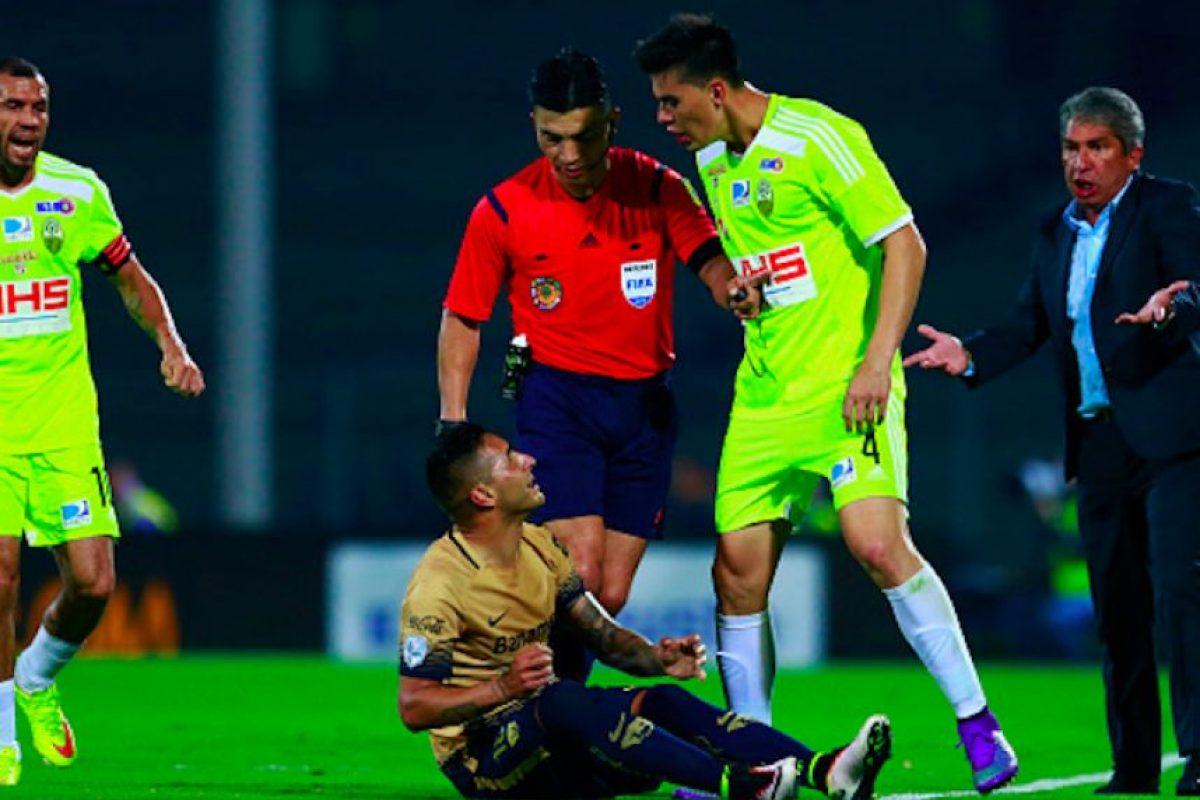 Wilker enfrentó en cuatro ocasiones a los Pumas, durante la Copa Libertadores. Foto:Getty Images