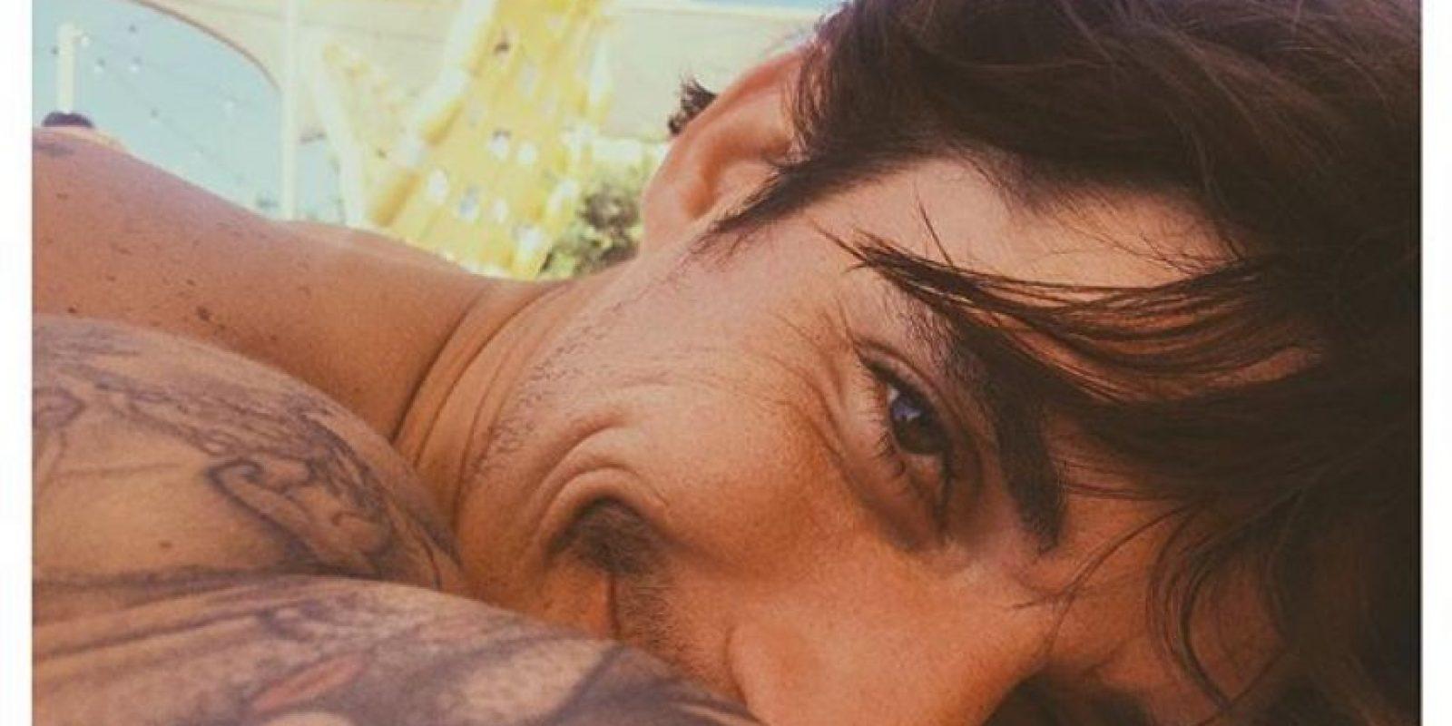"""A dos años de casarse el actor Alberto Guerra comparte créditos en la pantalla grande con su esposa Zuria Vega en la cinta """"Original y copia"""". Foto:Instagram"""