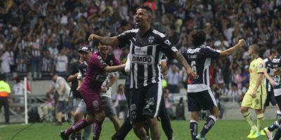 Cardona festejó con su familia el pase a la Final de la Liga MX. Foto:Israel Salazar