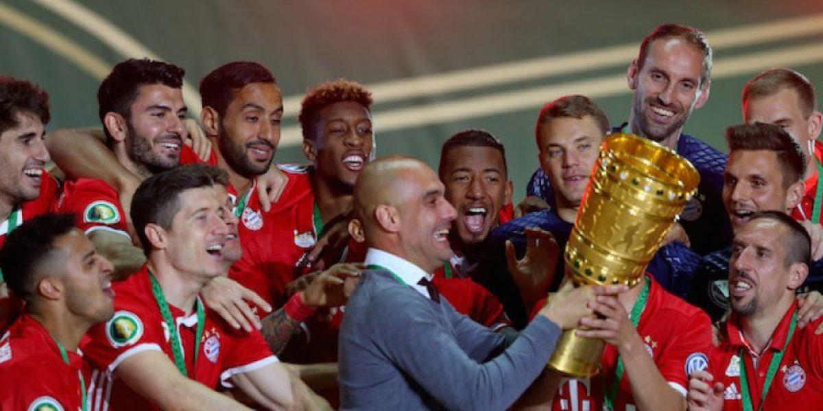 Pep Guardiola se despide del Bayern como campeón de copa