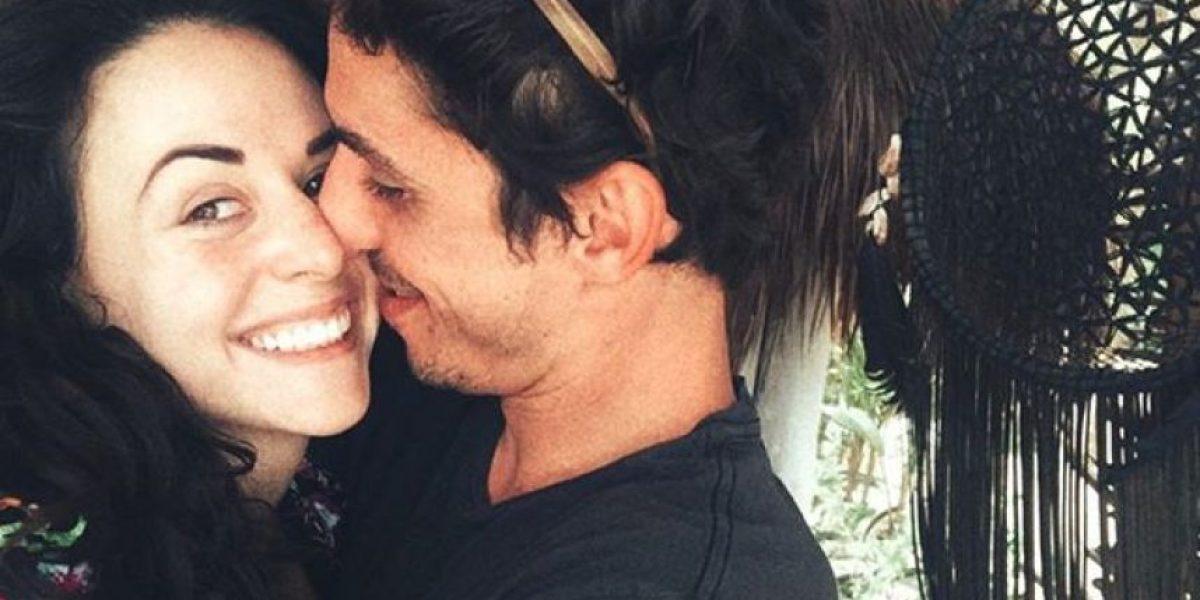 Zuria Vega comparte foto de su esposo en la cama