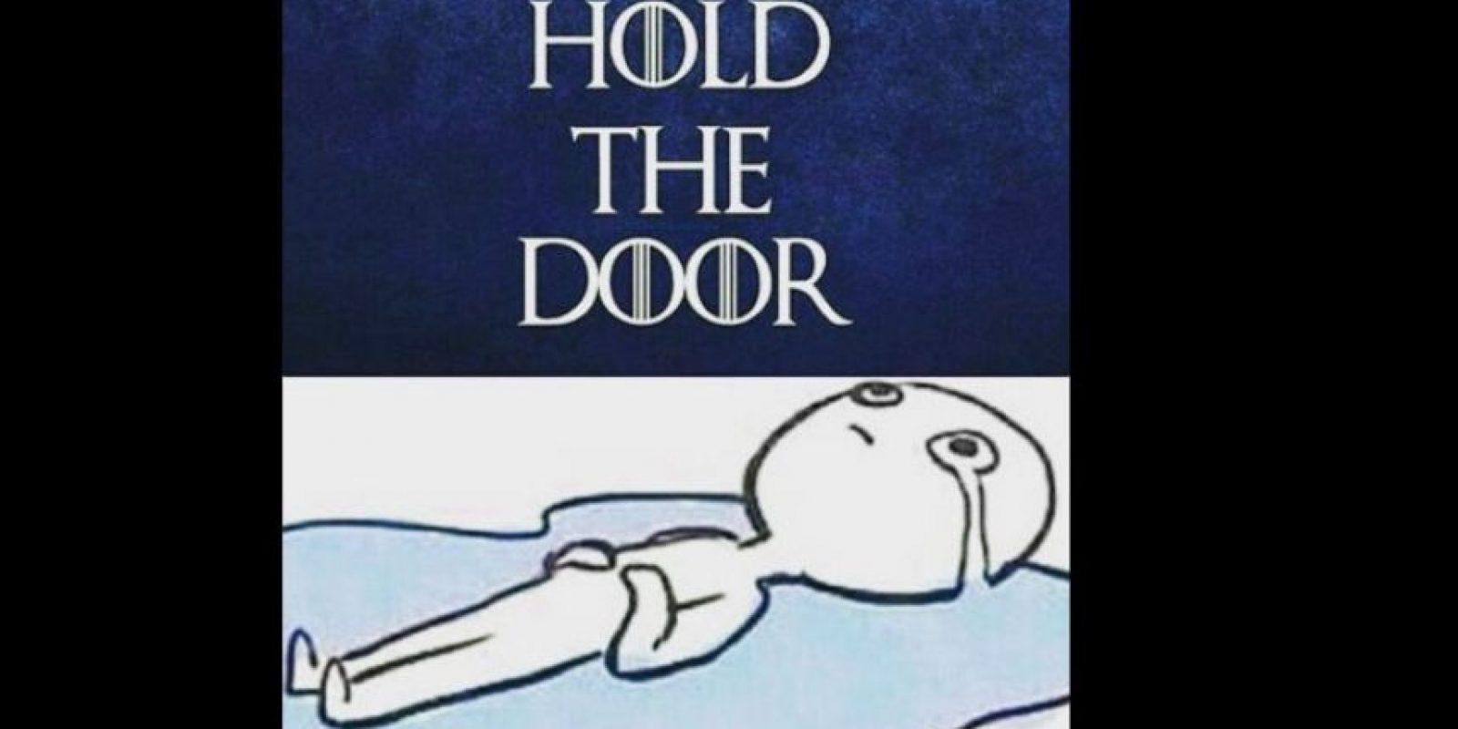 El hashtag se llamó #HoldTheDoor Foto:vía Twitter