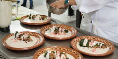La receta de Madeline fue chiles en nogada almendrada. Foto:Gregorio López / Publimetro